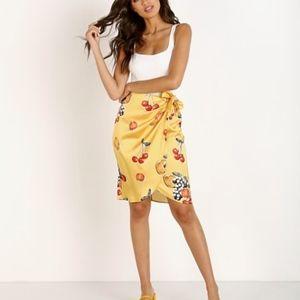 Show Me Your Mumu Silk Anjolie Wrap Skirt. Sz XS.